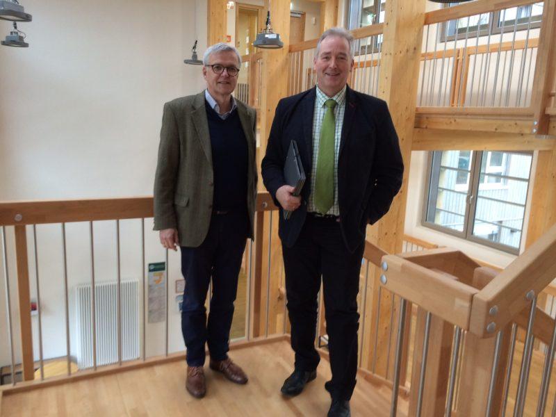 Präsident der Niedersächsischen Landesforsten Dr. Merker und Oesterhelweg MdL