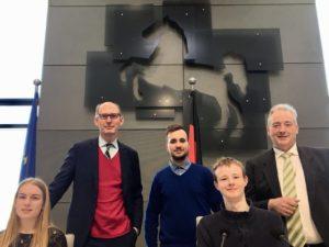Im Niedersächsischen Landtag im Präsidiumsbereich v. l. n. r. Annika Zelder, Christoph Plett, Akin Duman, Lucas Brandes und Frank Oesterhelweg.