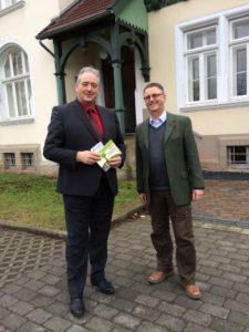 Forstamtsleiter Andreas Baderschneider und Landtagsabgeordneter Frank Oesterhelweg