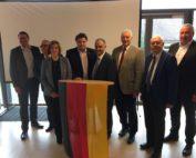 v. l. n. r.: Marco Kelb, Andreas Meißler, Sarah Grabenhorst-Quidde, Uwe Schäfer, Reza Asghari, Frank Oesterhelweg, Jochen-Konrad Fromme und Andreas Glier.